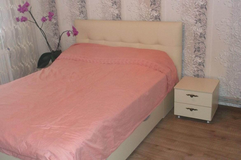 кровать в спальню заказать