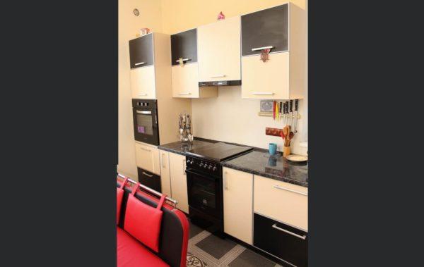 кухня ЛДСП черный бежевый