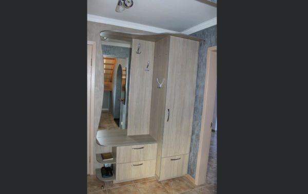 прихожая шкаф, зеркало, вешалка
