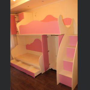 кровать-чердак розовая