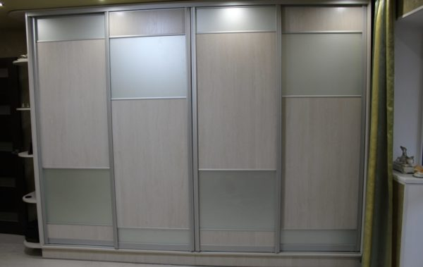 шкаф под заказ фасад матовое стекло