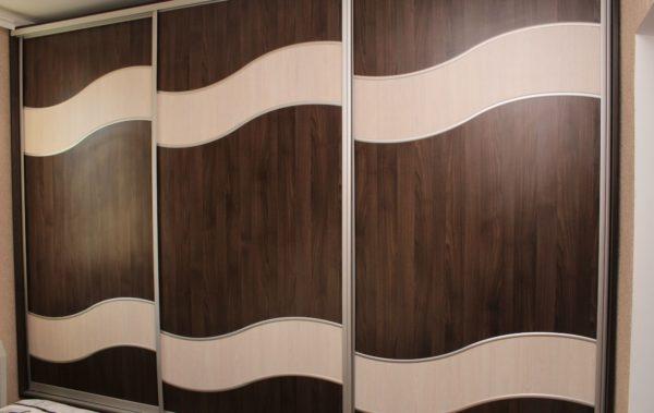 шкаф-купе фасад волнами